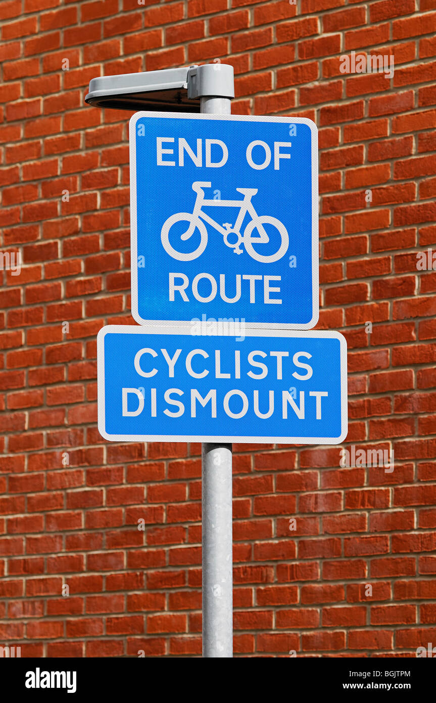 Cycle Lane End of Route Sign - Stock Image