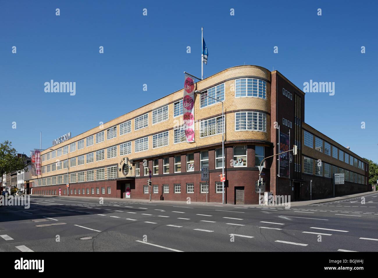 Aachen, Ludwig-Forum, (Ehemalige Schirmfabrik Brauer), 1928 von Josef Bachmann erbaut - Stock Image