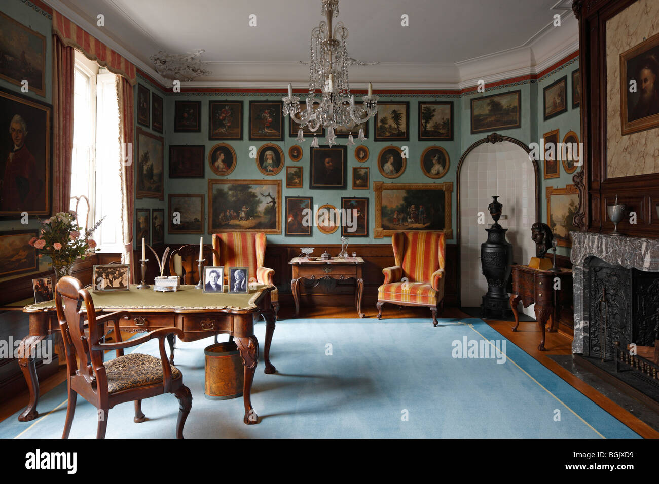 """Monschau, Rotes Haus (Haus Scheibler), Wohnhaus """"Zum goldenen Helm"""", Arbeitsraum mit Trompe-l'œil Malereien - Stock Image"""