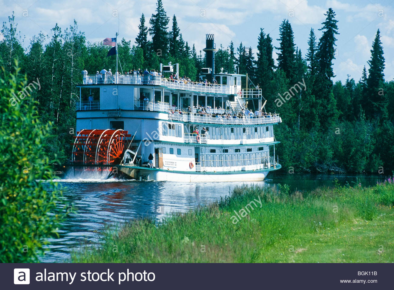 Alaska. Fairbanks, Chena River. Discovery III Riverboat plies on the river. - Stock Image