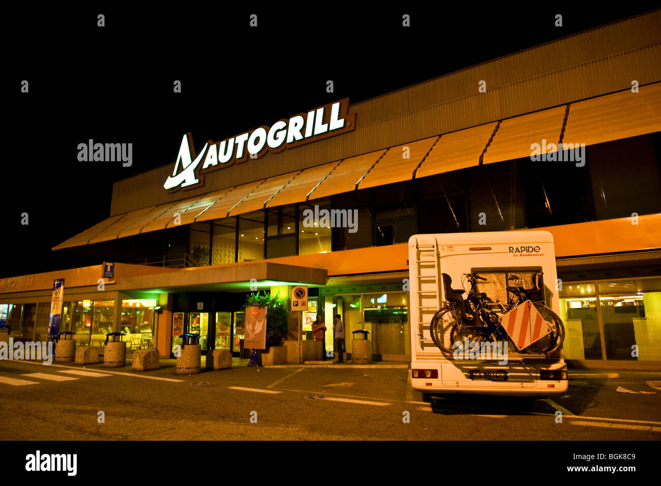 Highway, autogrill - Stock Image