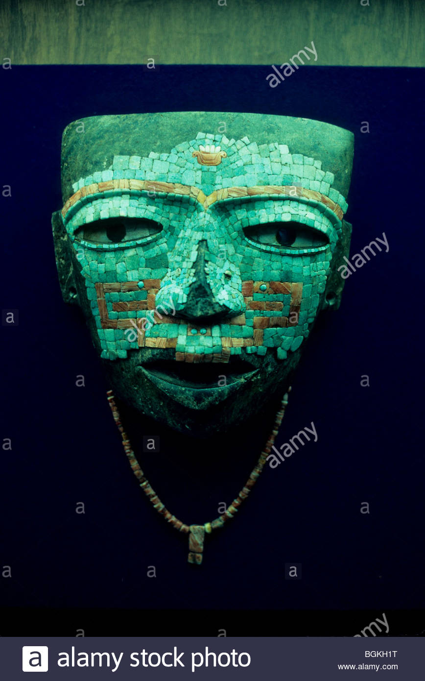 Mexico, Mexico City. Museum of Anthropology. Turquoise Mayan burial face mask. - Stock Image