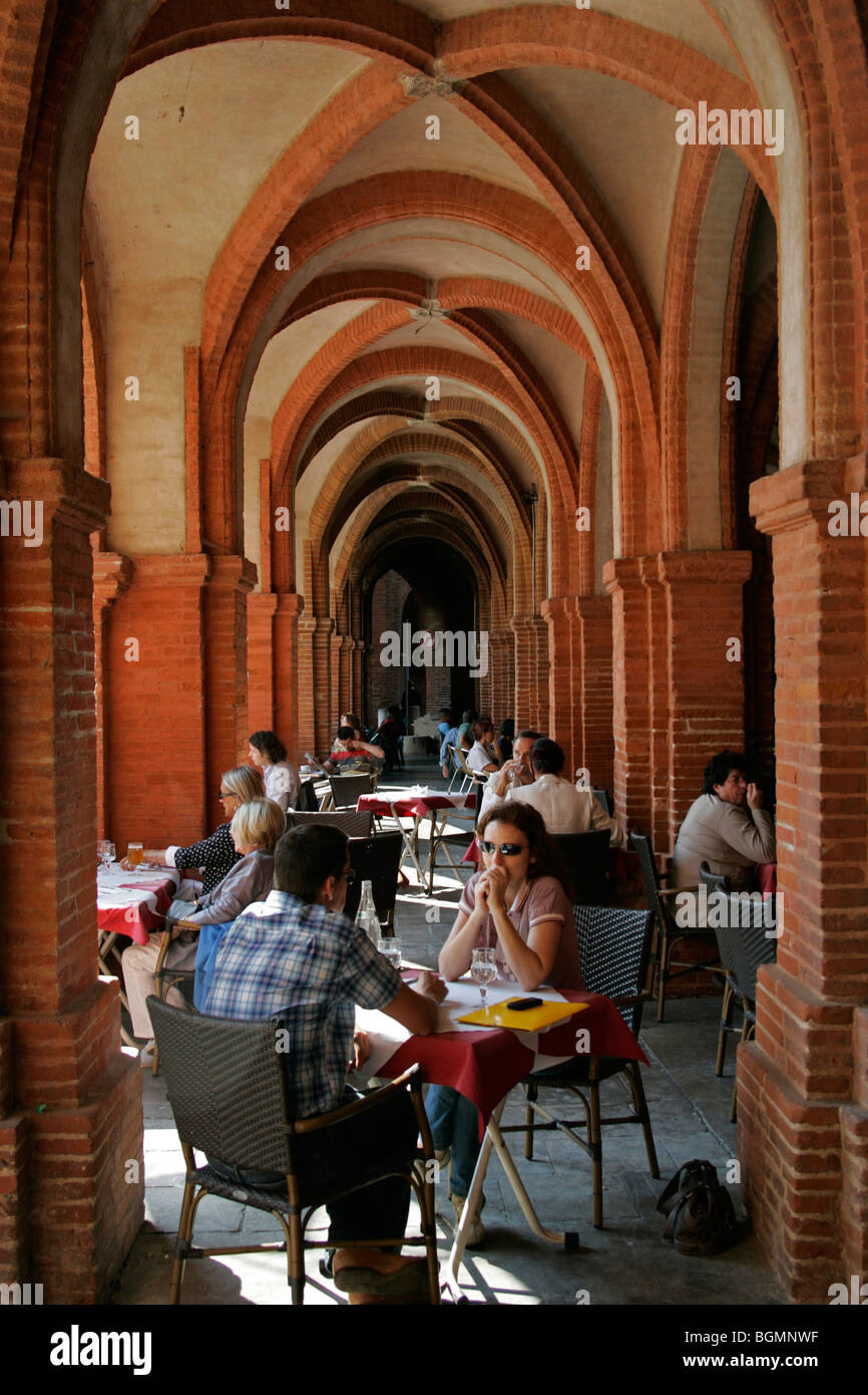 courtyard cafe Place National Montauban France - Stock Image