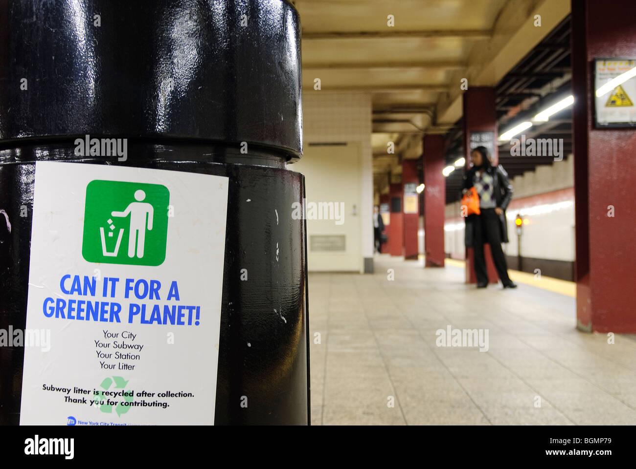 New York City Subway Metro, Re-cycling poster - Stock Image