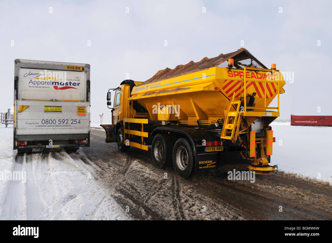 a gritter wagon on bodmin moor in cornwall, uk - Stock Image