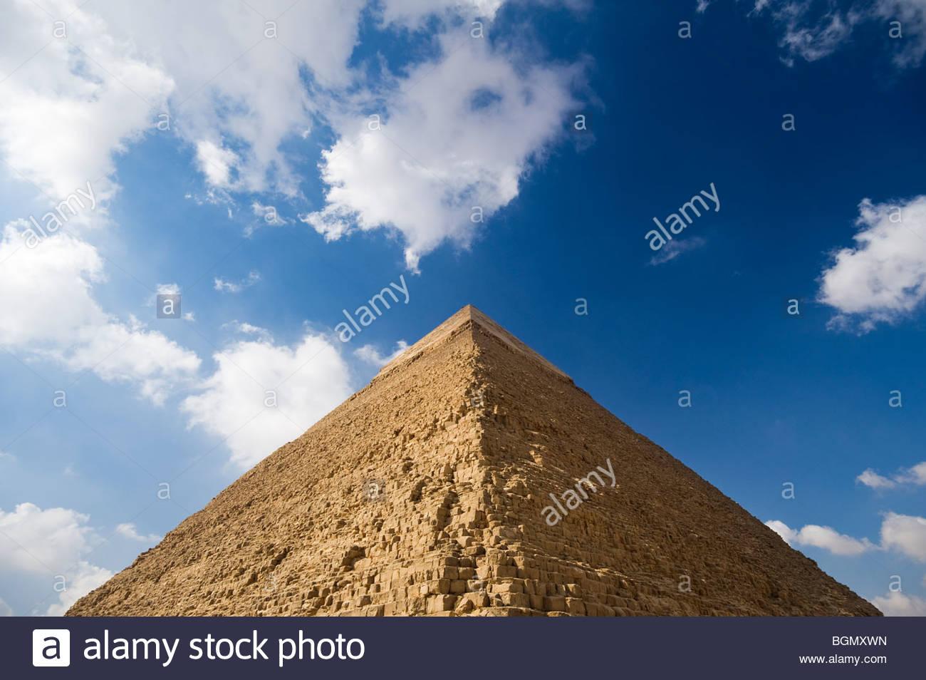 The Pyramid of Khafre, Giza, Cairo, Egypt. - Stock Image