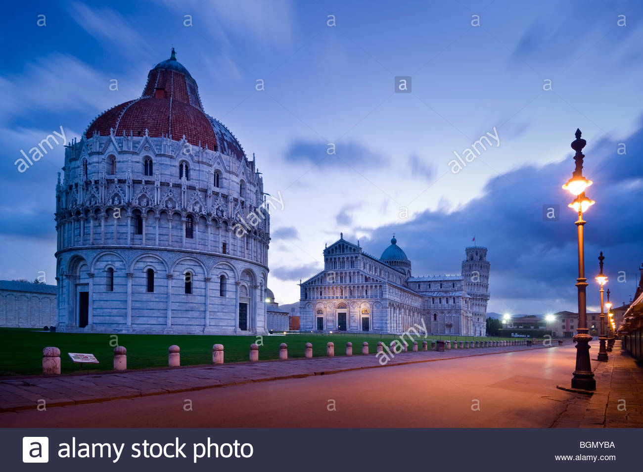 The Baptistery, Duomo and Leaning Tower, Piazza dei Miracoli, Pisa, Italy. - Stock Image