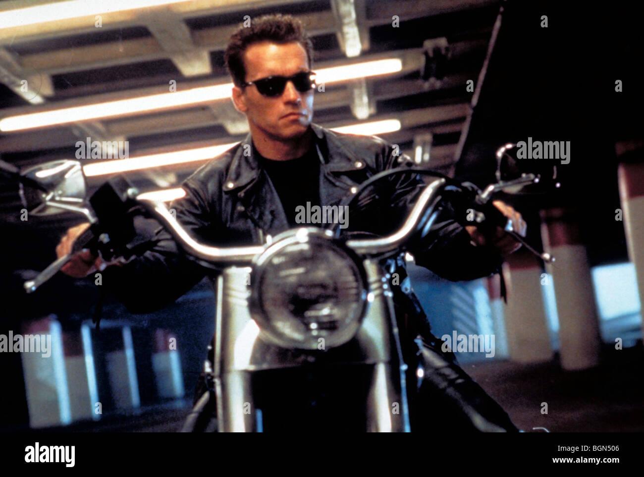 Terminator 2: Judgment Day  Year : 1991  Director : James Cameron Arnold Schwarzenegger - Stock Image
