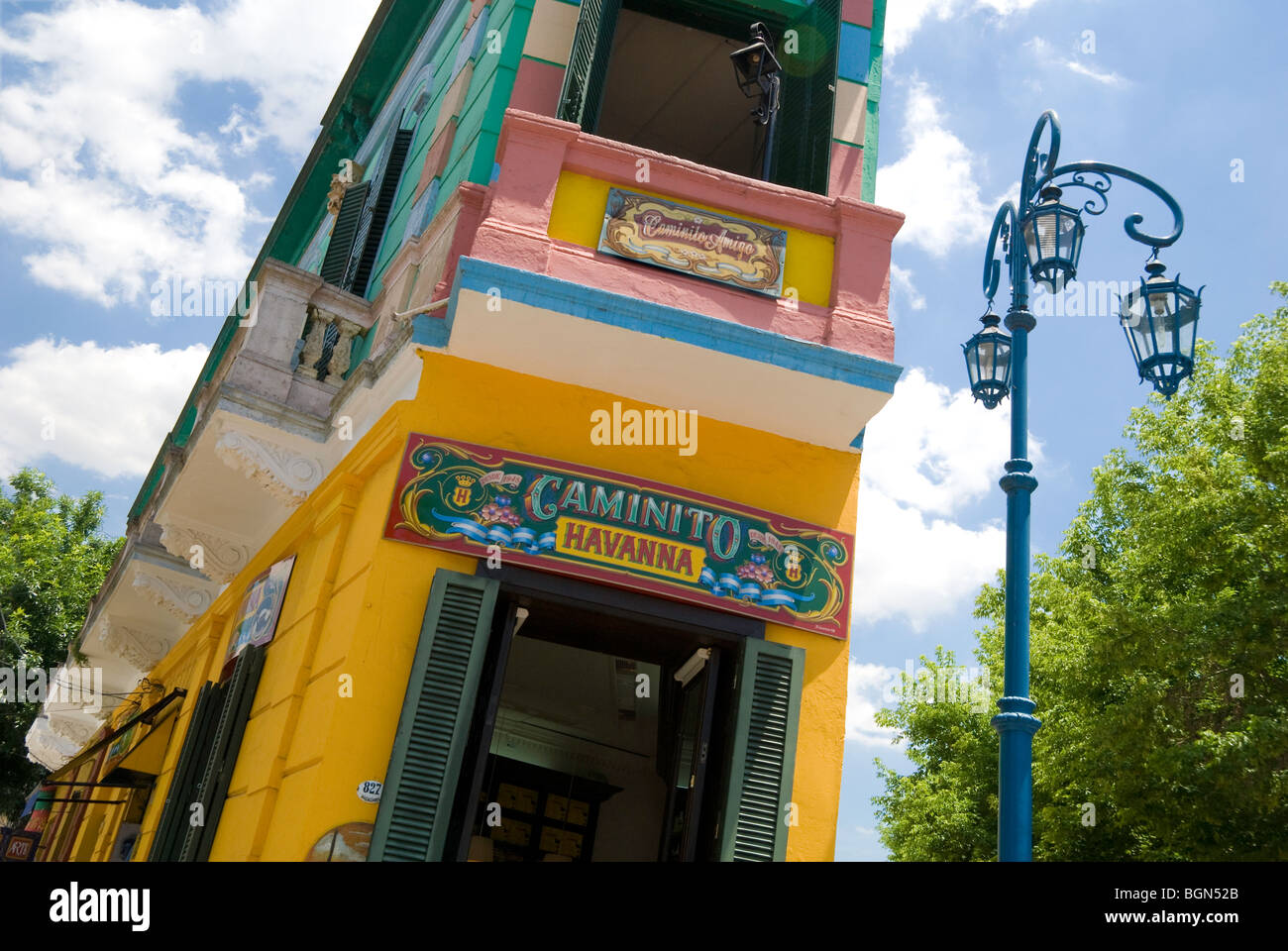 Colorful buildings lining the pedestrian street, La Caminto in the neighborhood of La Boca, Buenos Aires, Argentina - Stock Image