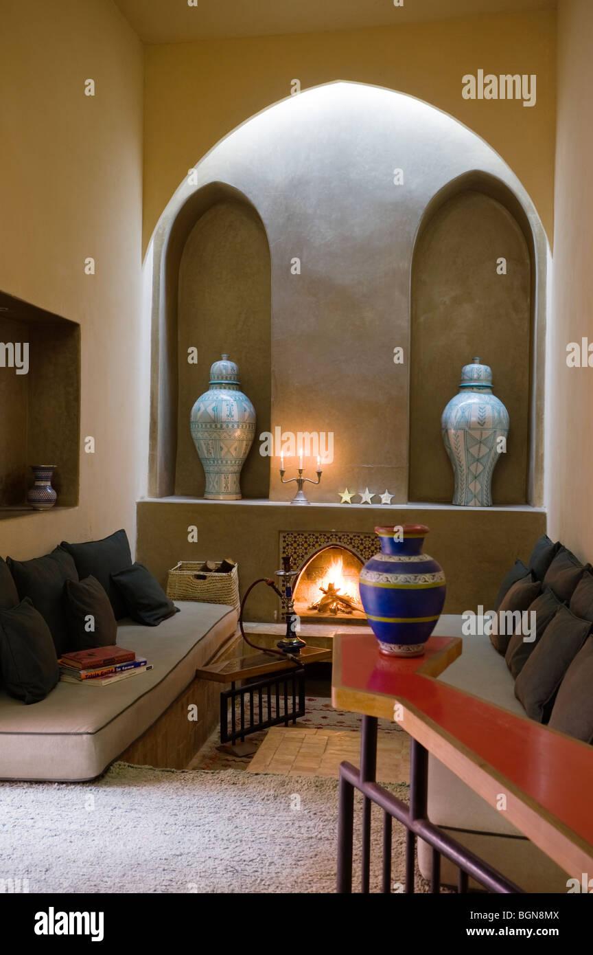 Sitting room of riad in Marrakesh Medina - Stock Image