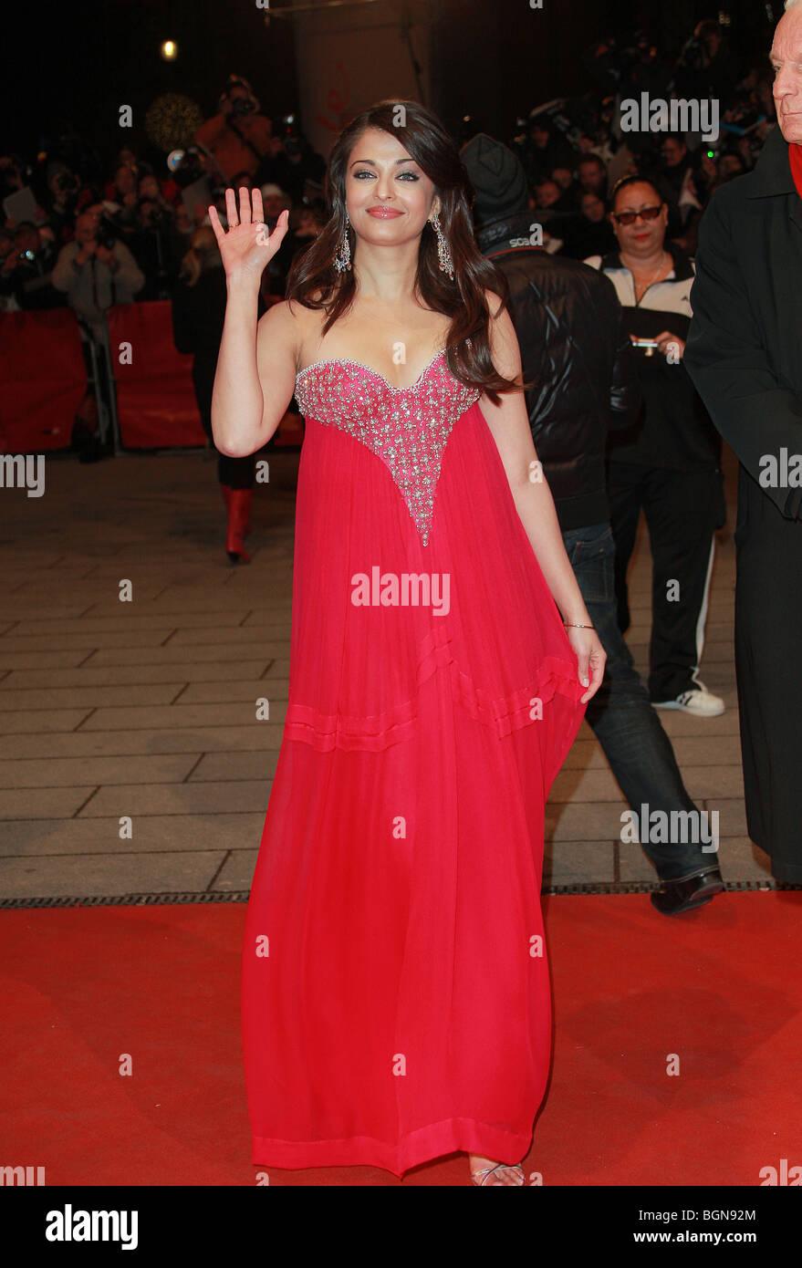 Aishwarya Rai The Pink Panther 2 Premiere Berlin Film