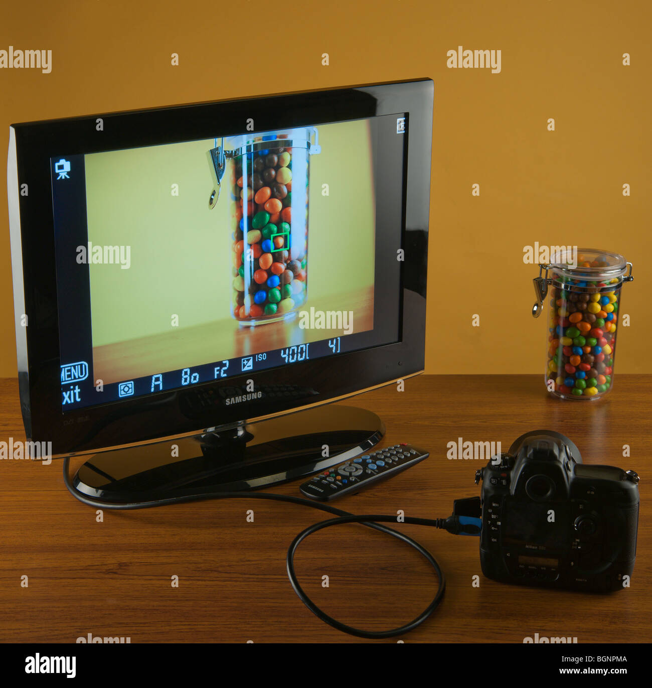 Nikon camera with HDMI live view displaying a picture to