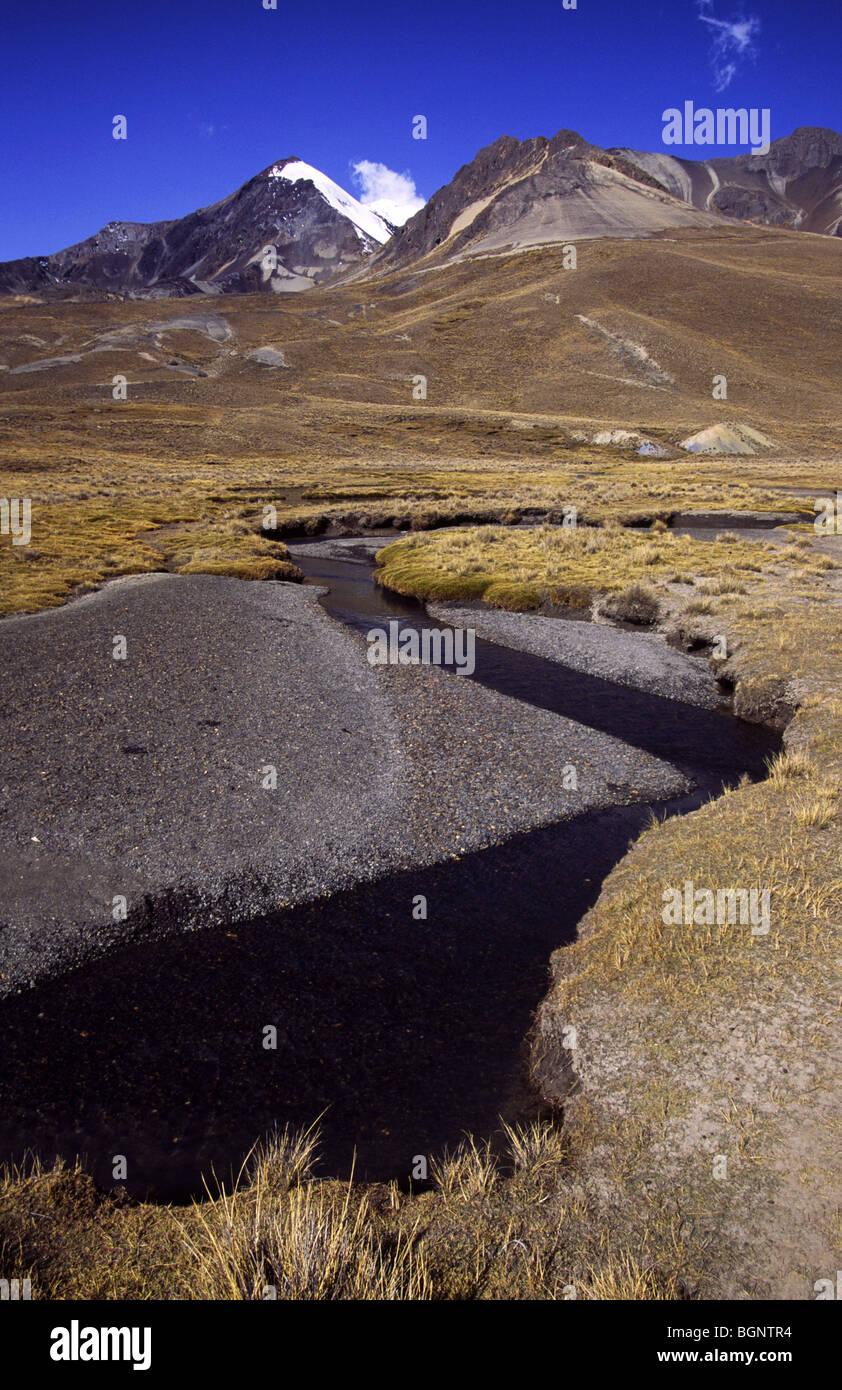 Mountain scenery. Cordillera real, Bolivia. - Stock Image