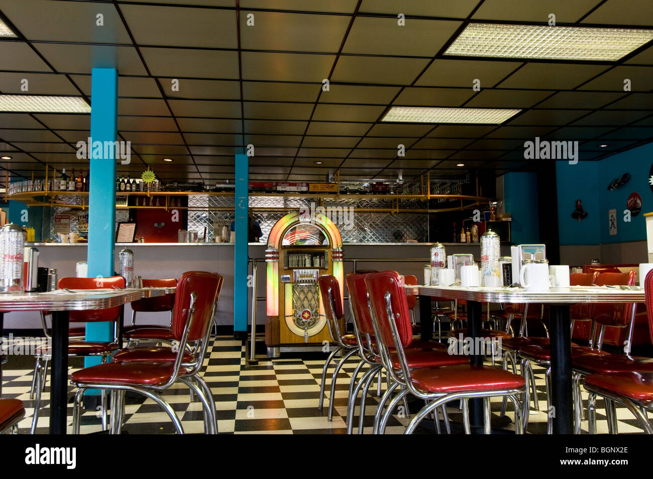 retro 1950s style diner new york usa stock photo 27526310 alamy. Black Bedroom Furniture Sets. Home Design Ideas