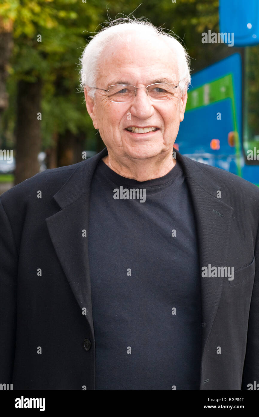 Frank O. Gehry, Triennale of Milan, Italy (27.10.09) - Stock Image