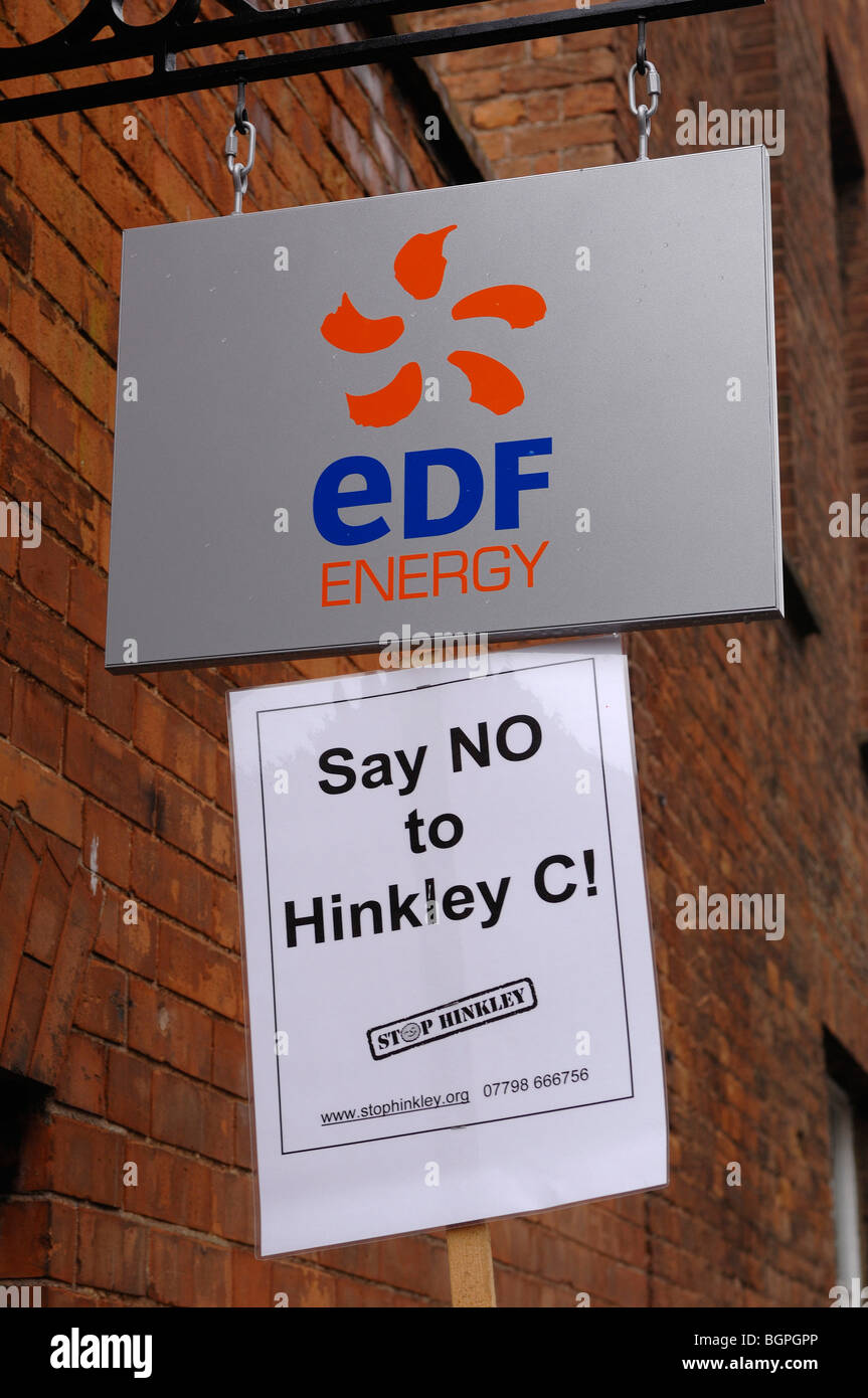 Demonstration at Electriciti de France office in Bridgwater against plans to build Hinkley C nuclear power station - Stock Image