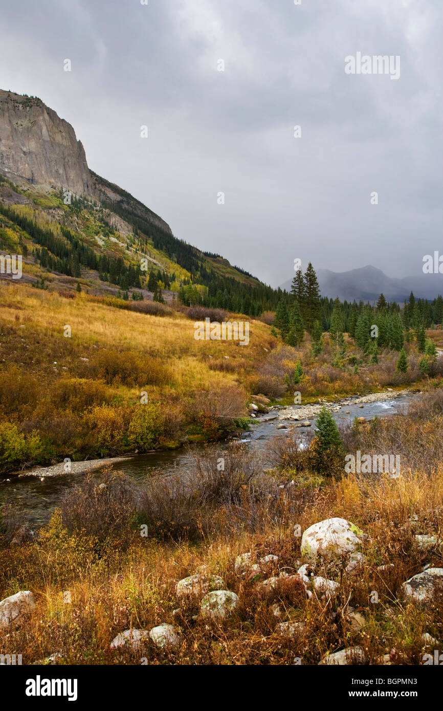 View of the mountains and river on the Gothic Road between Gothic and Crested Butte, CO. - Stock Image