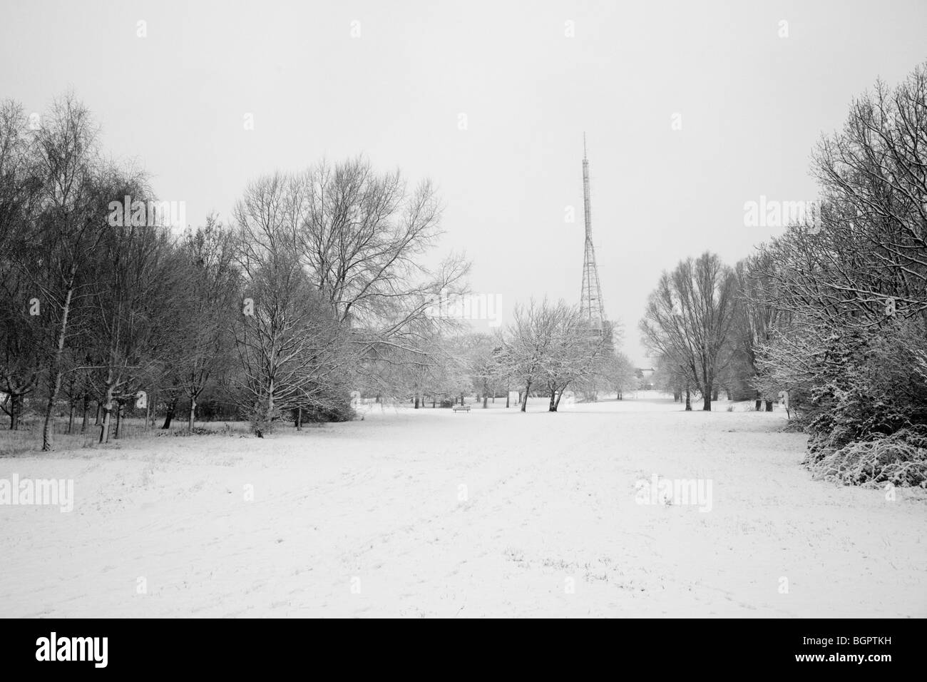Alexandra Palace radio mast in the snow during the record-breaking cold spell in London, January 2010 - Stock Image