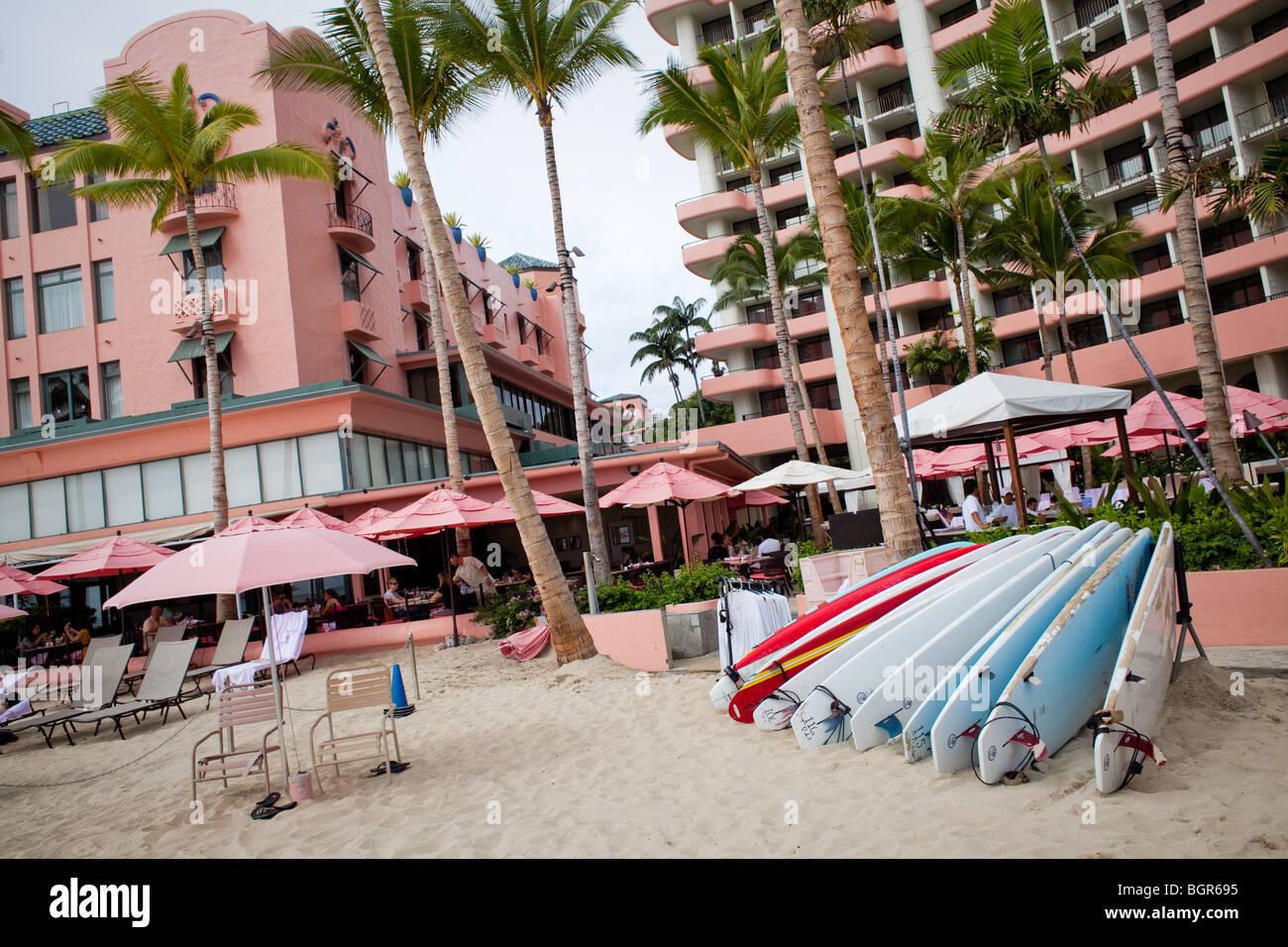 The pink Royal Hawaiian Hotel on Waikiki beach - Stock Image