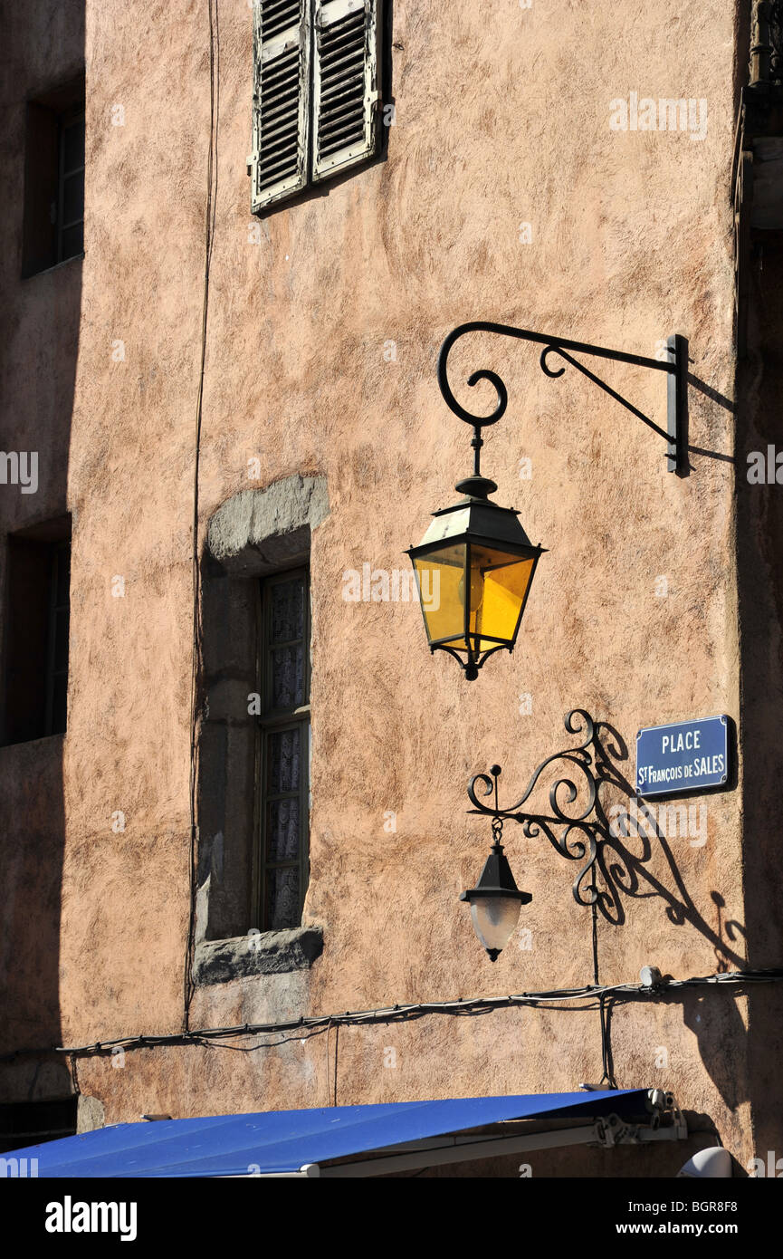 Typical old town back street building in Annecy in the alpine Haute Savoie, Rhone Alpes region of France. - Stock Image