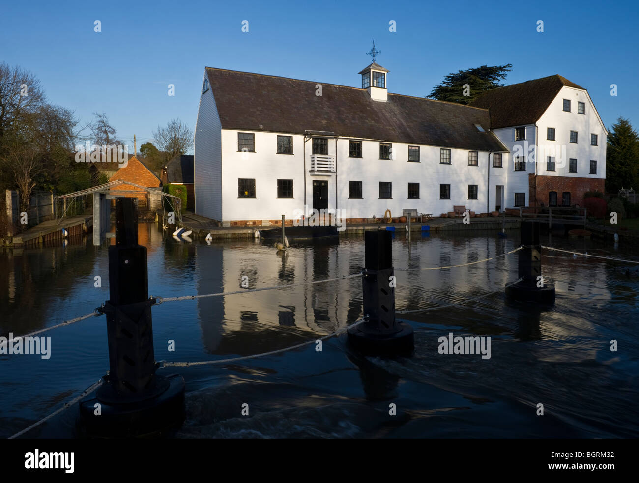 Hambleden Mill a riverside building on the River Thames in Winter - Stock Image