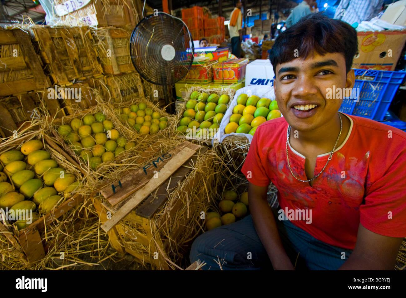 Mango Vendor at Crawford Market in Mumbai India - Stock Image