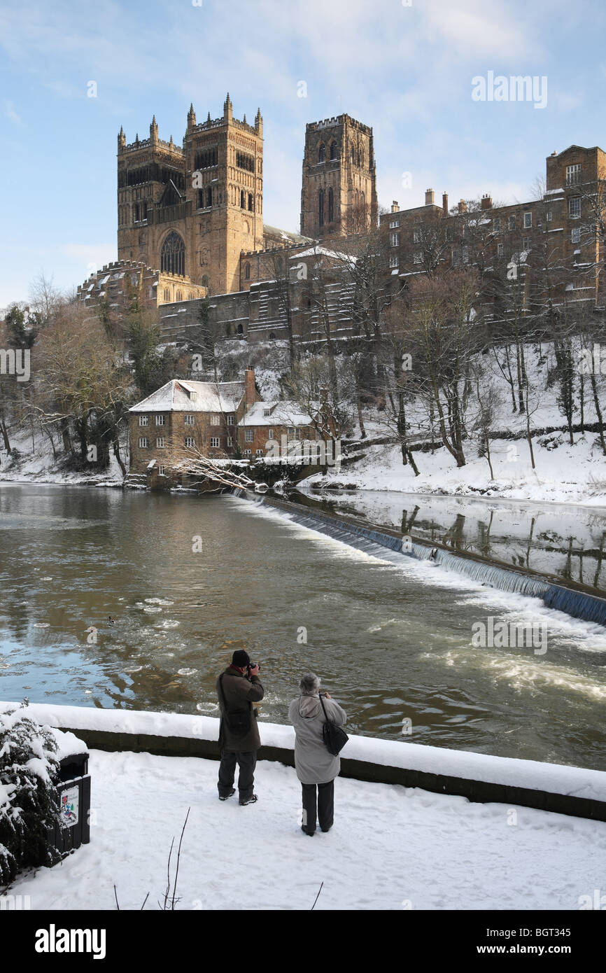 Durham Cathedral In The Snow Stock Photos Durham Cathedral In The