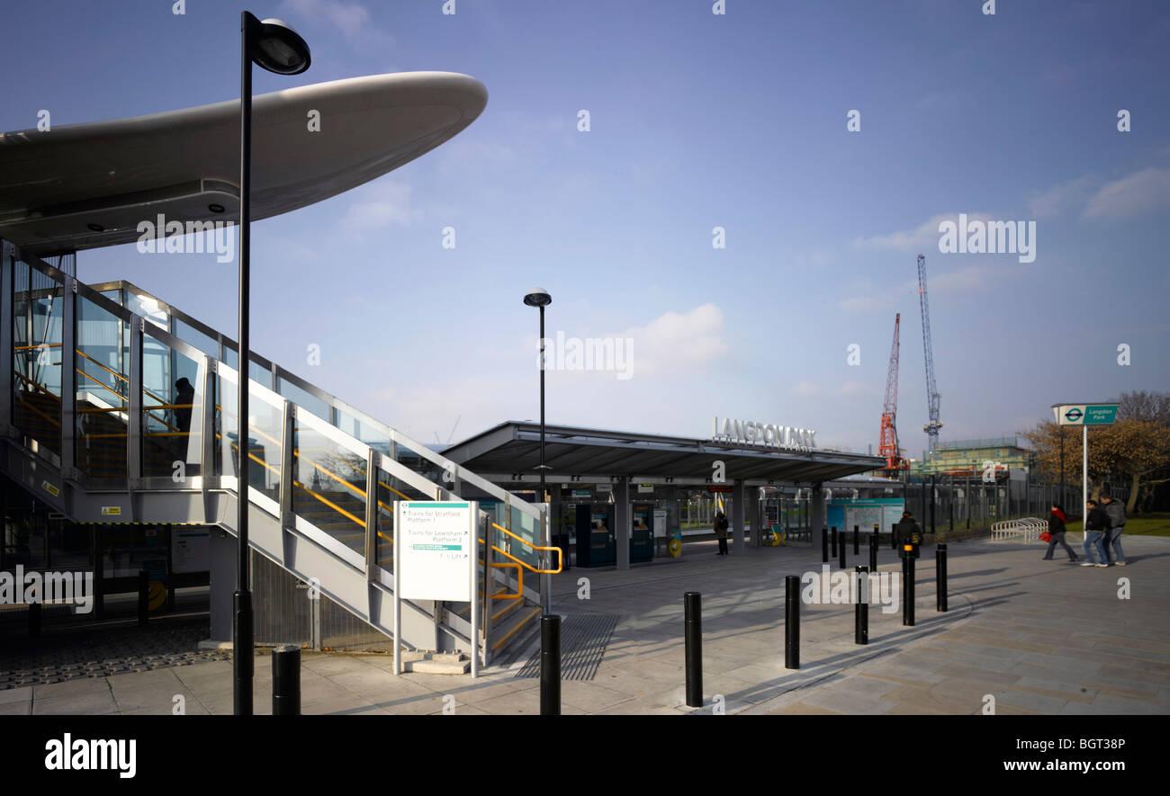 LANGDON PARK DLR STATION, LONDON, UNITED KINGDOM, CONSARC CONSULTING ARCHITECTS - Stock Image