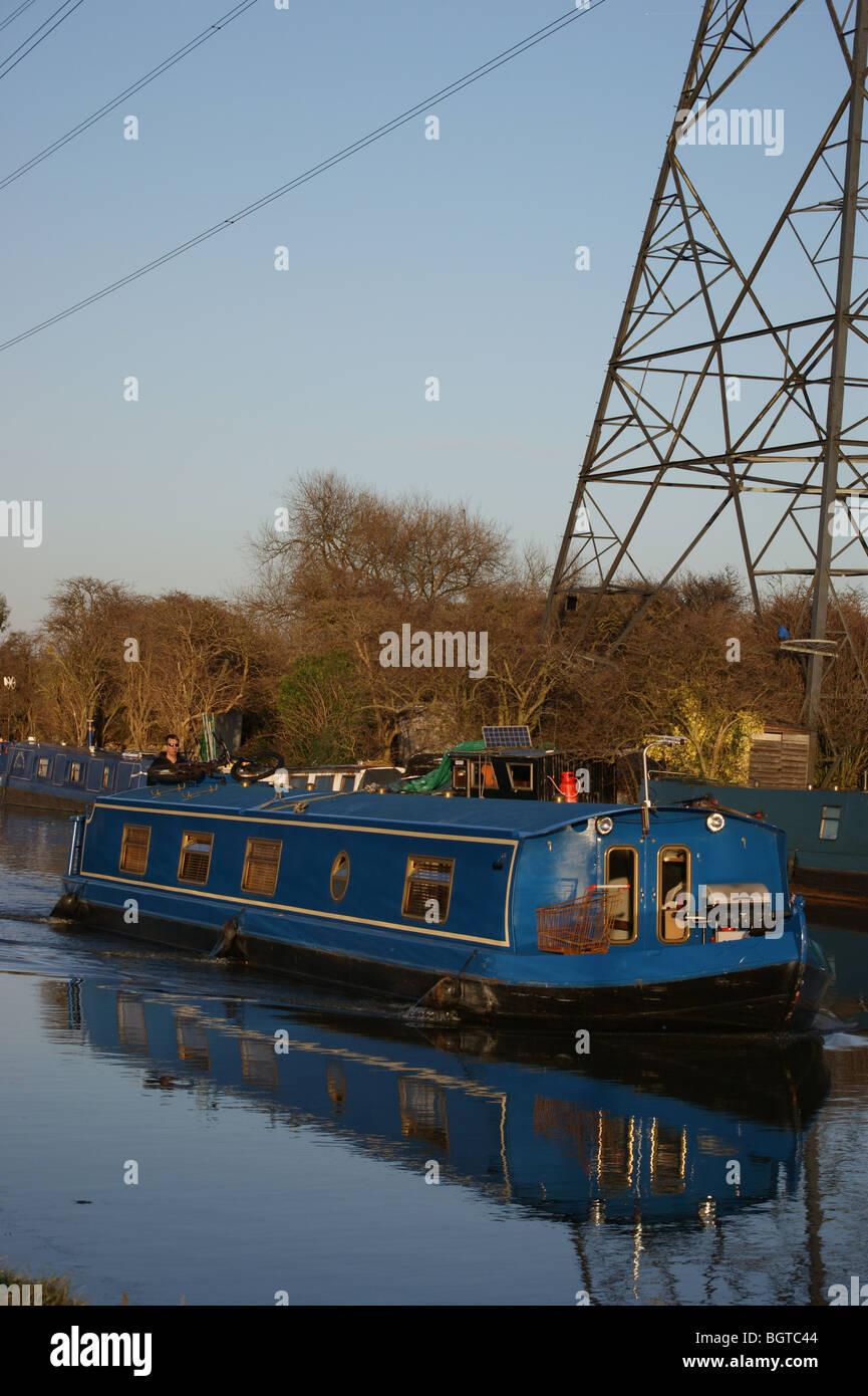 Narrowboat at sunset on the River Lea, Tottenham, London, England Stock Photo