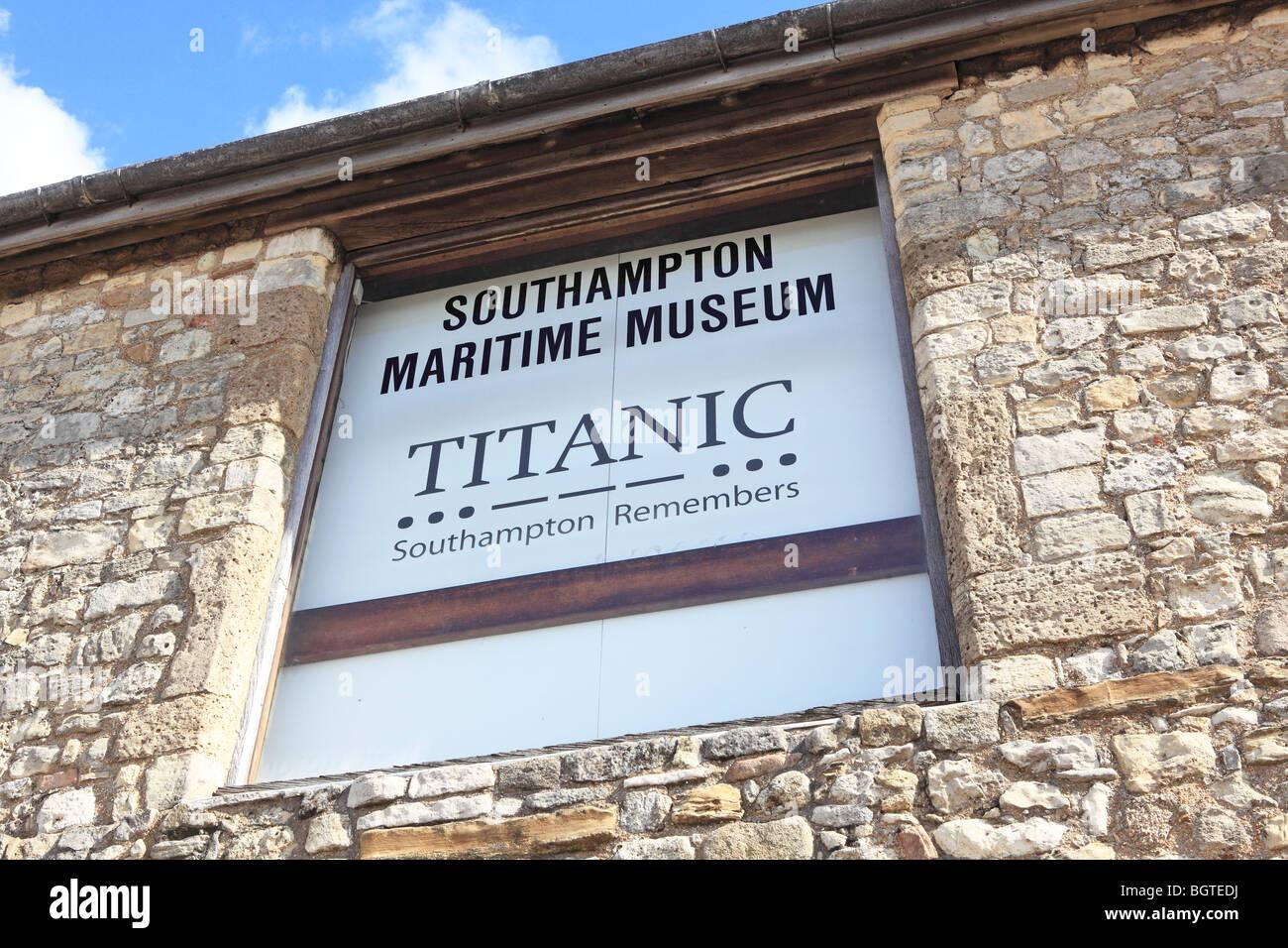 Southampton Maritime Museum Titanic Exhibition Stock Photo Alamy