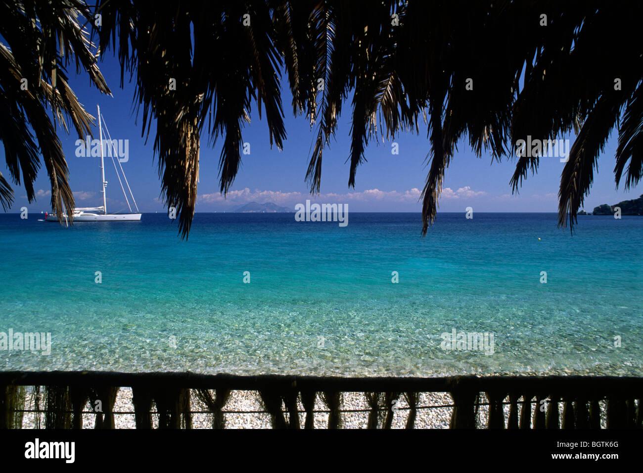 greece, ionian islands, ithaca, gidaki beach, seaside cafe - Stock Image