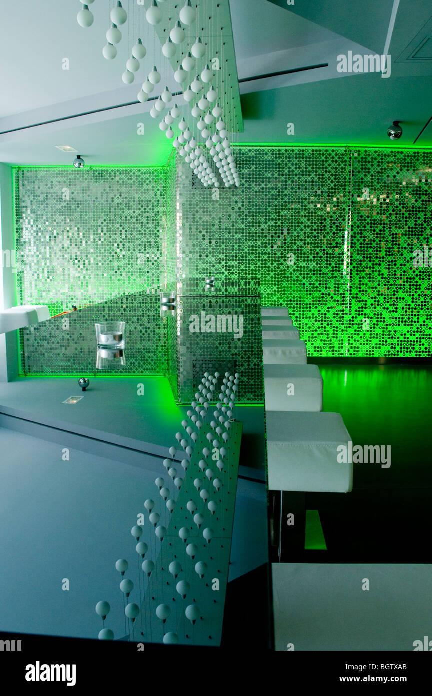 https://c8.alamy.com/comp/BGTXAB/monaco-monte-carlo-boutique-hotel-ni-hotel-contemporary-tourist-hotel-BGTXAB.jpg