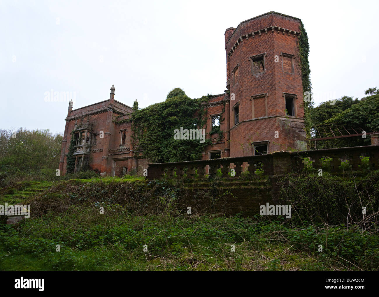 Rougham Hall, a derelict house built around 1834 - Stock Image