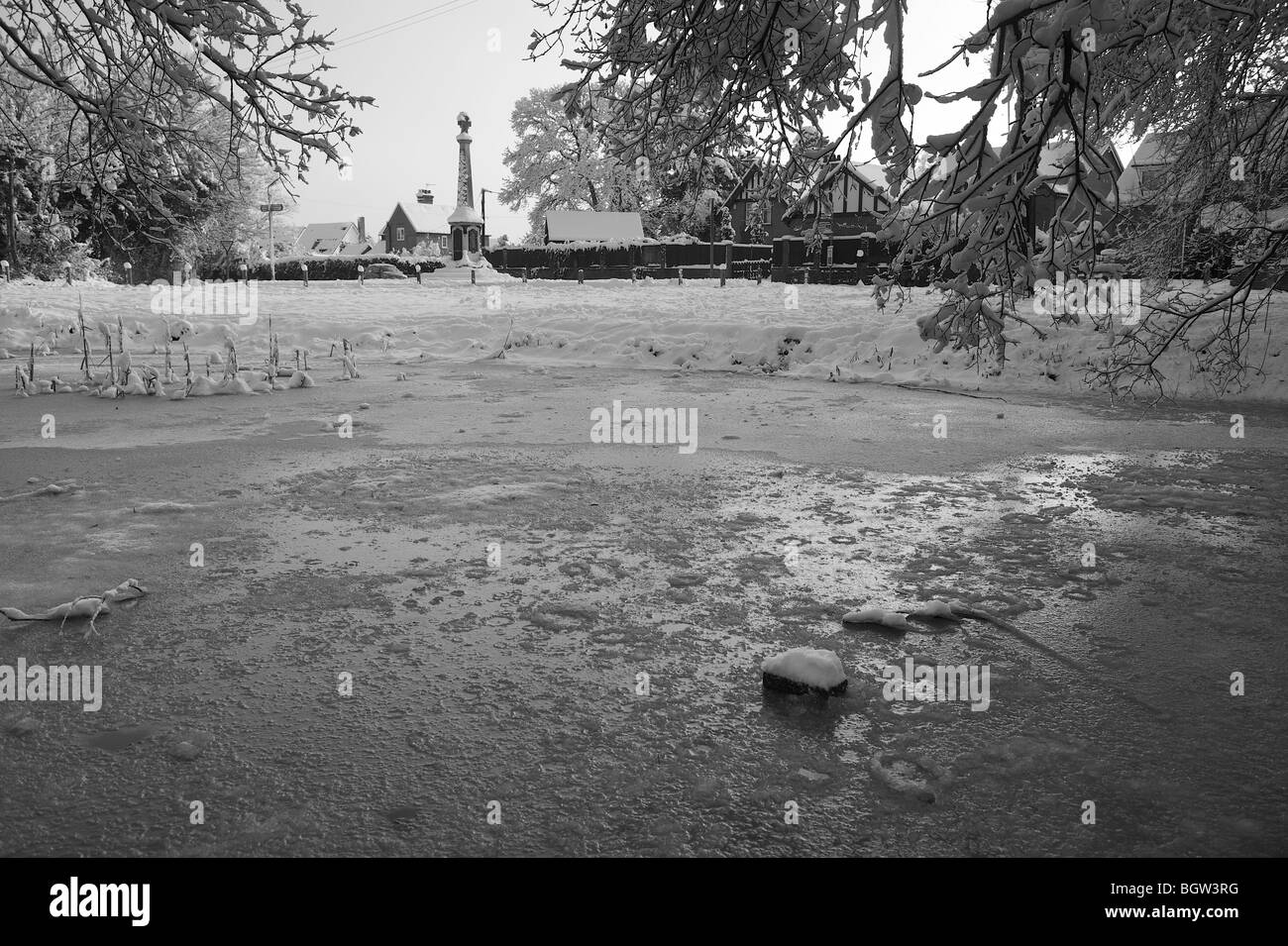Winter landscape in black and white, Mortimer, Berkshire, UK - Stock Image