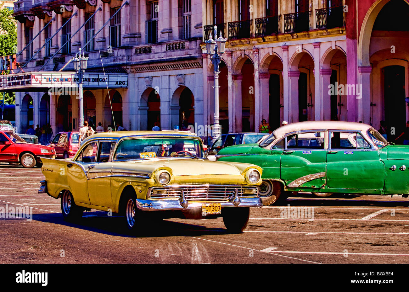old american classic cars in central havana cuba near capitol showing stock photo 27624636 alamy. Black Bedroom Furniture Sets. Home Design Ideas
