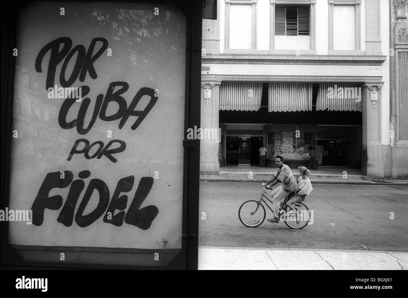 Street scene in Havana, Cuba, May 1993. - Stock Image