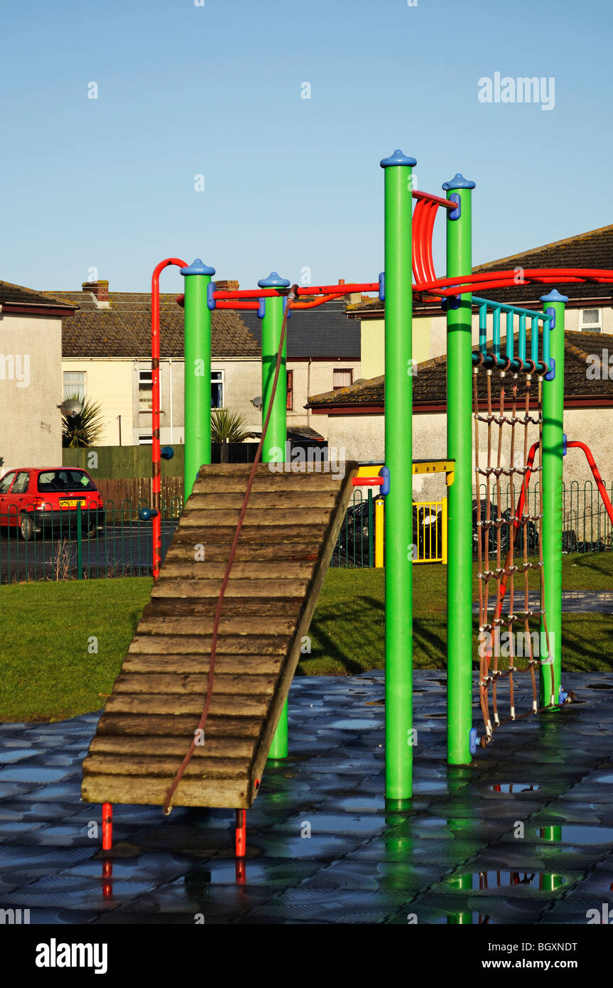 an empty childrens climbing frame - Stock Image