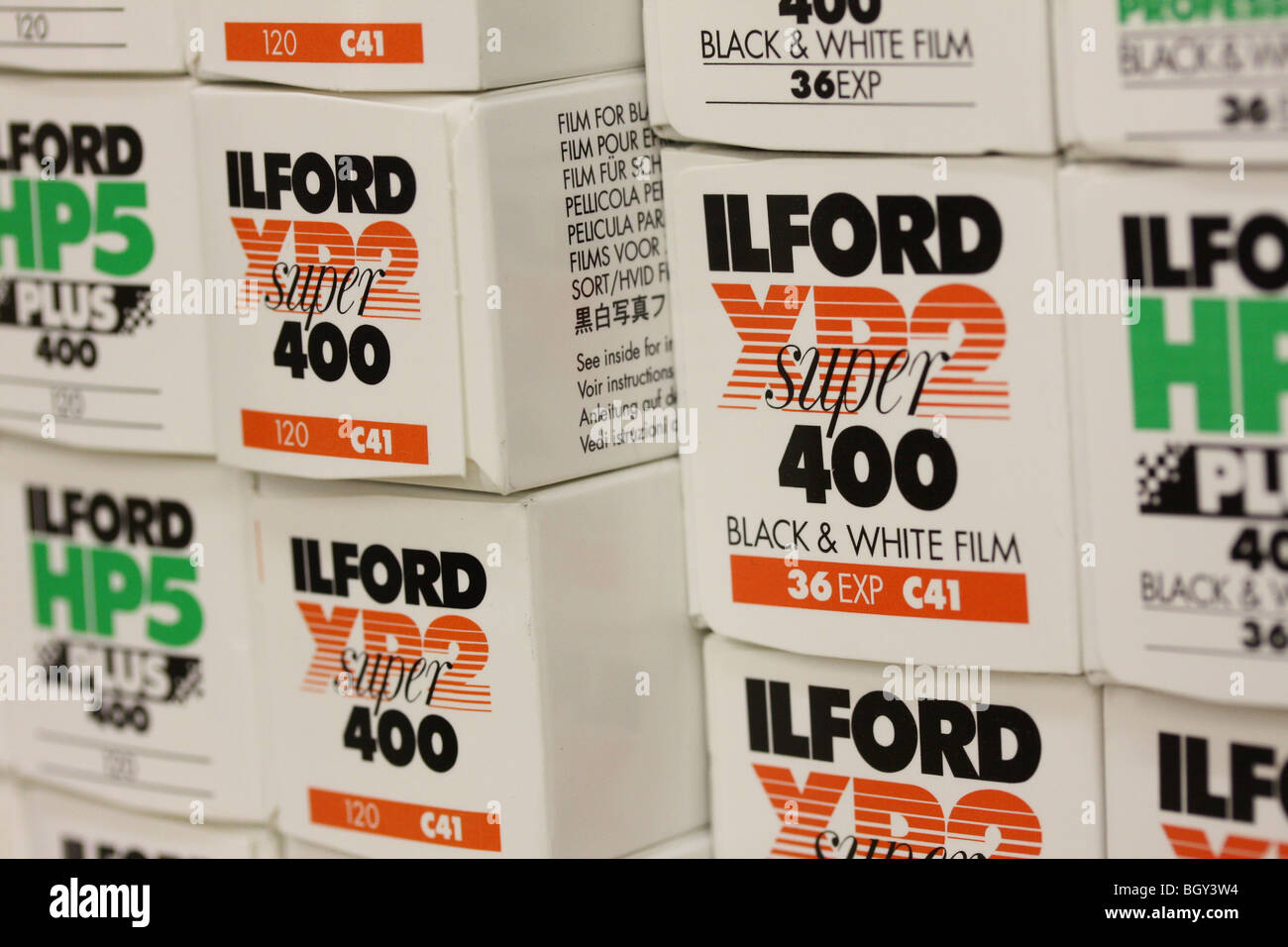 Ilford XP2 35mm B/&W Film 24 exp Pack of 10