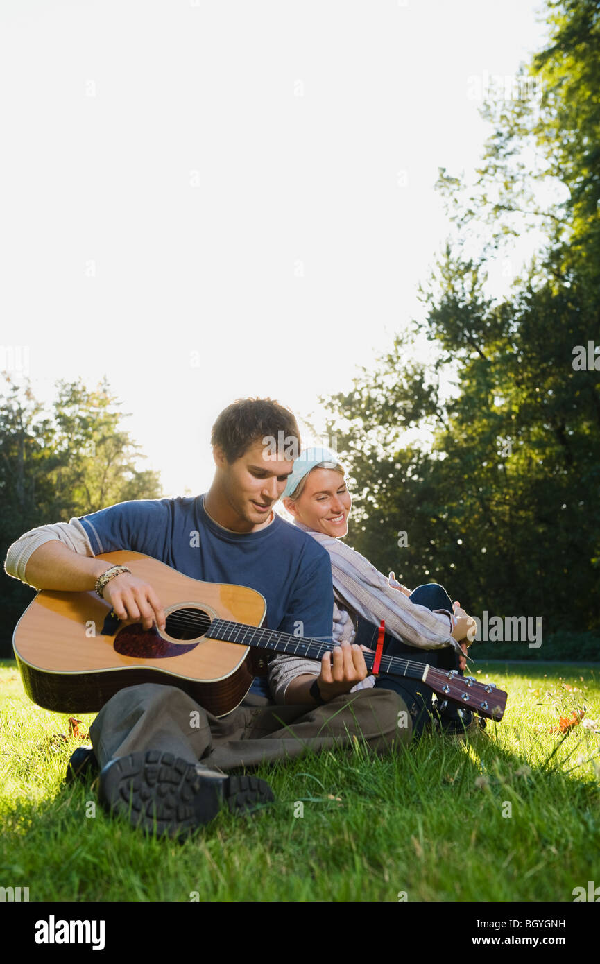 Man playing guitar - Stock Image