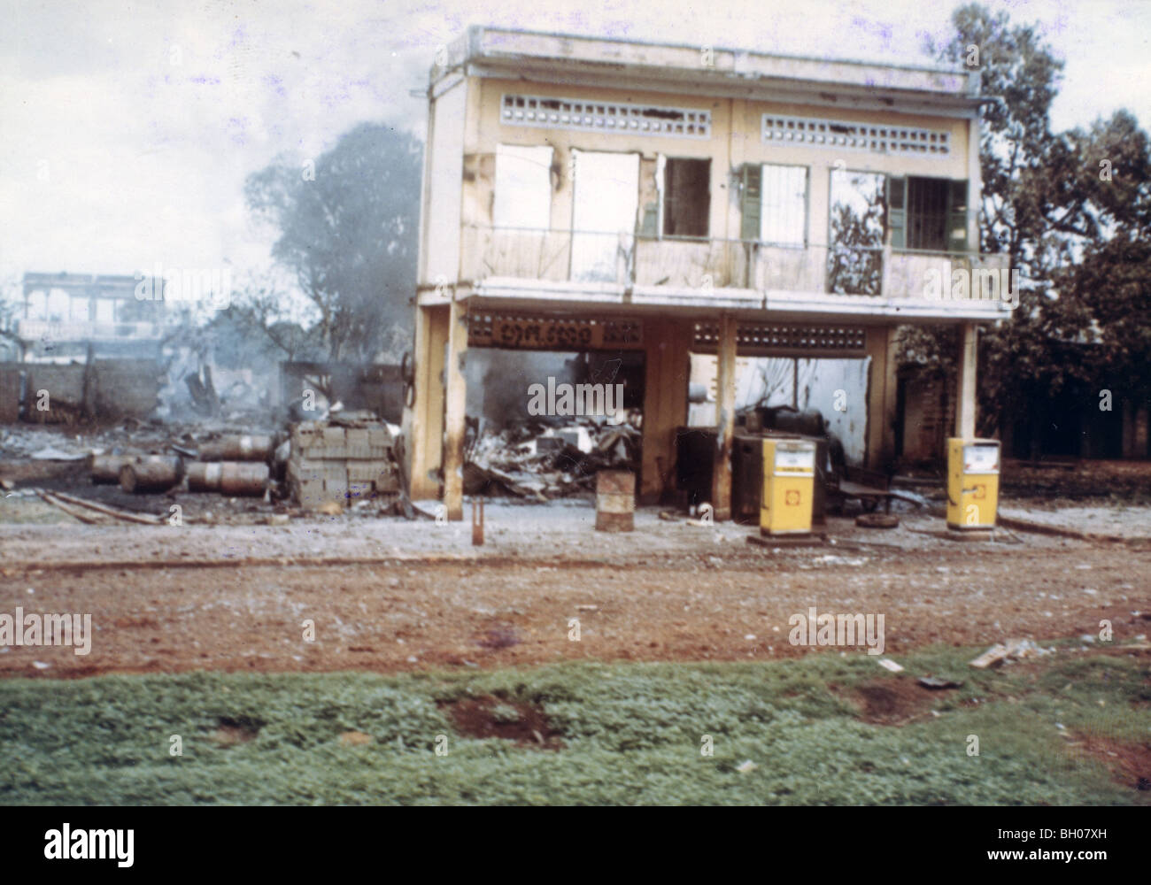Snoul, Cambodian shell gas station in ruins after May 1970 invasion. 11th Armored Cavalry secured the area with - Stock Image