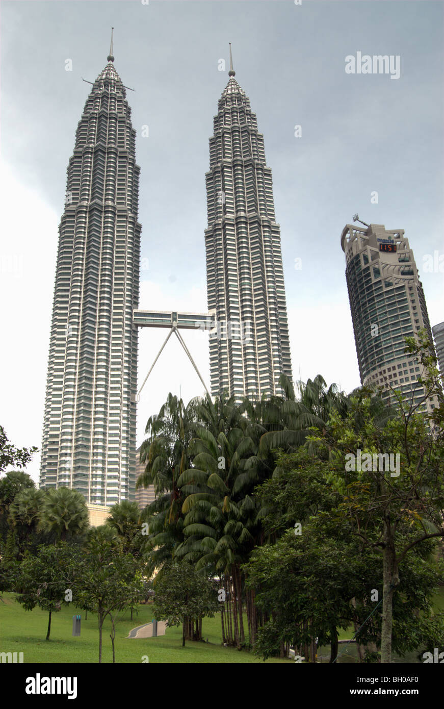 View of the Petronas Towers from the nearby park, Kulala Lumpur, Malaysia - Stock Image