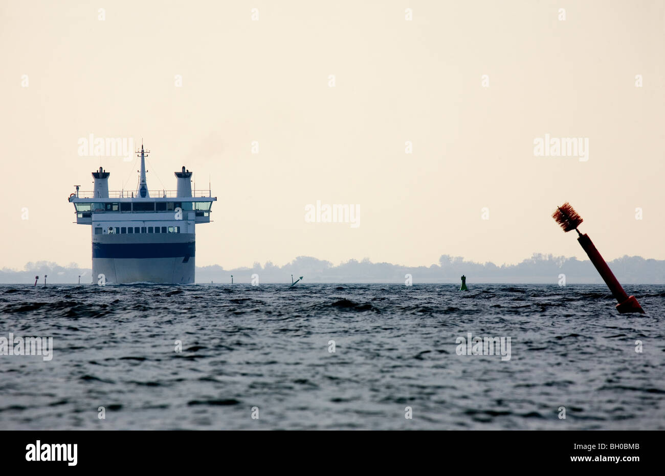 A ferry from Ærøfærgerne arrives at Rudkøbing. - Stock Image