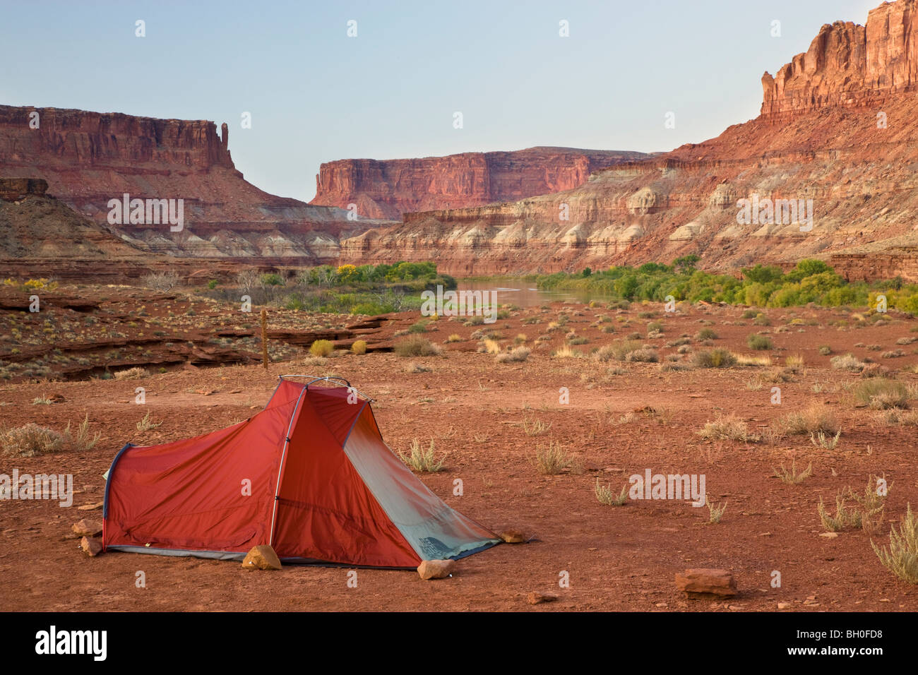 The Green River and the Labyrinth Campground site A, along the White Rim Trail, Island in the Sky District, Canyonlands - Stock Image