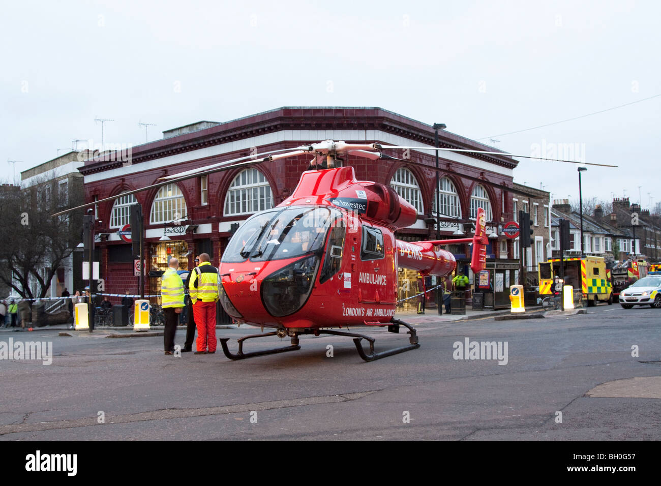 London Air Ambulance - Helicopter Emergency Medical Service (HEMS) - Tufnell Park Underground Station - London - Stock Image