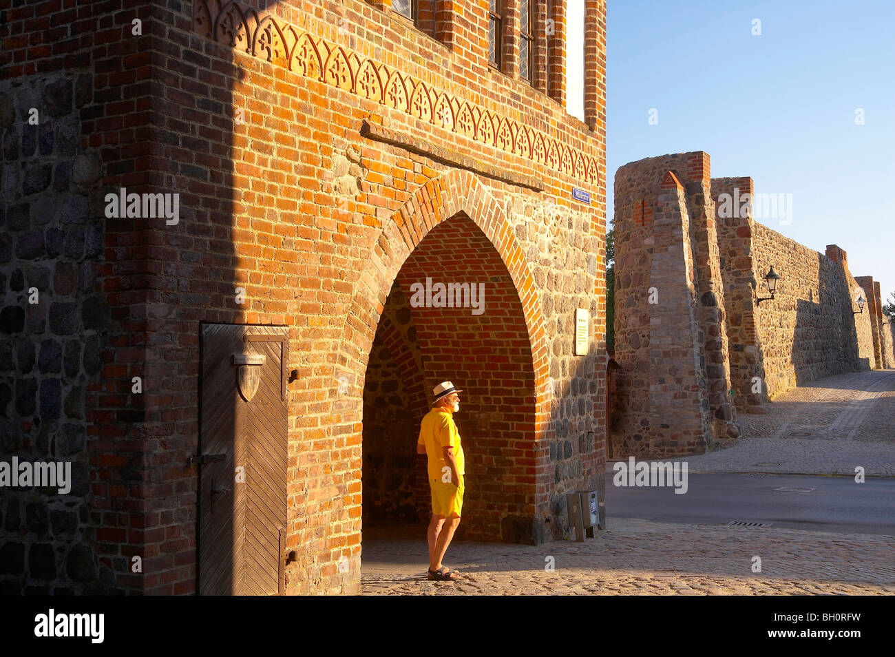 with the houseboat  on the 'Templiner Gewaesser', Muehlentor, Templin, Brandenburg, Germany, Europe - Stock Image
