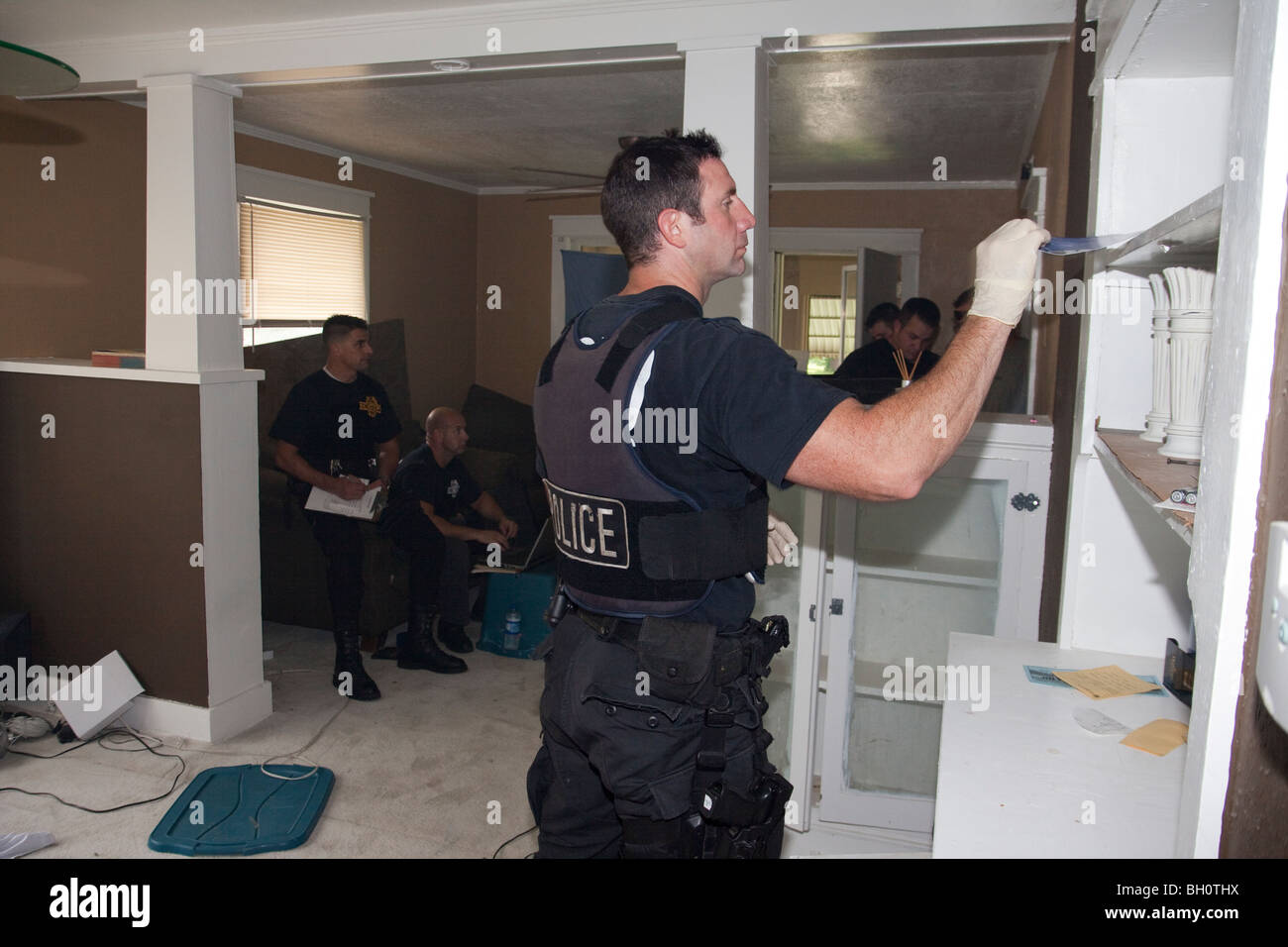 Police Search House Stock Photos & Police Search House