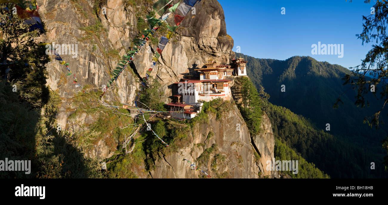 Taktsang Dzong (monastery) or Tiger's Nest, built in the 8th century, Paro, Bhutan - Stock Image