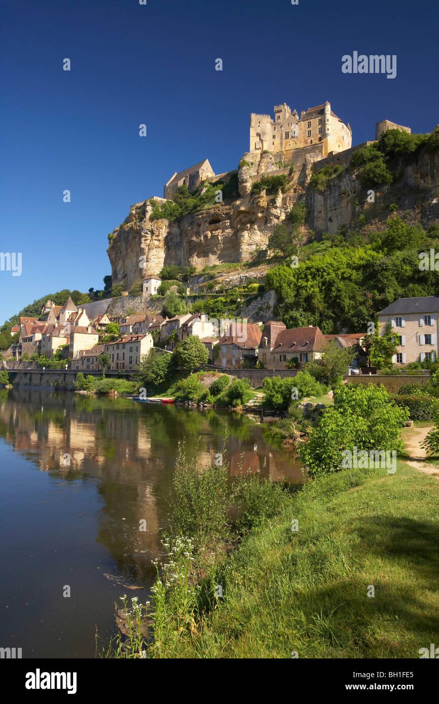 View of Beynac at the Dordogne river, The Way of Saint James, Road to Santiago, Chemins de Saint-Jacques, Via Lemovicensis, - Stock Image