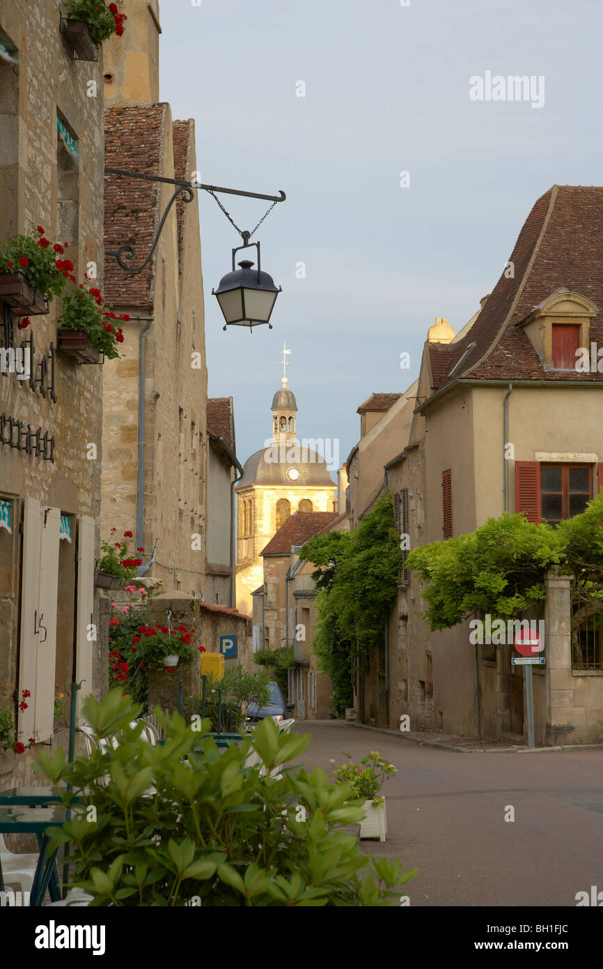 Town of Vézelay, The Way of St. James, Chemins de Saint Jacques, Via Lemovicensis, Dept. Yonne, Burgundy, France, Stock Photo
