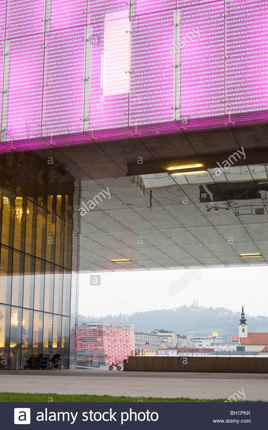 Lentos Art Museum, AEC, Ars Electronic Centre in the background, Linz, Upper Austria, Austria - Stock Image
